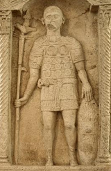 Tombstone of a legionary of the XIV Gemina - Moguntiacum