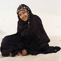 Tuareg woman in Mali - photo by Alain Elorza via Flickr