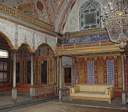 Harem reception room - Topkapi - photo by Allie Caulfield via Flickr