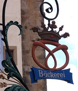 Bavarian bakery sign - photo by Madame Tafetán via Flickr
