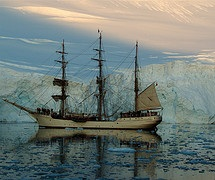 Spirit of Sydney - Antarctica - photo by 23am dot com via Flickr