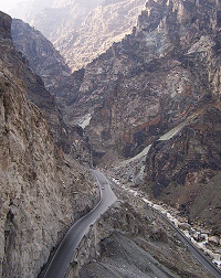 Road from Kabul to Jalalabad - photo by Sven Dirks via Wikimedia