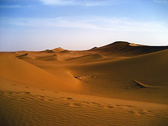 Saharan dunes - photo by Jane Johnson via her website and Flickr