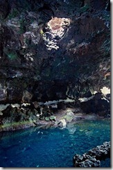 Lava cave - Lanzarote - Canary Islands - image by Ernest Figueras - Attribution-NonCommercial-ShareAlike 2.0 Generic