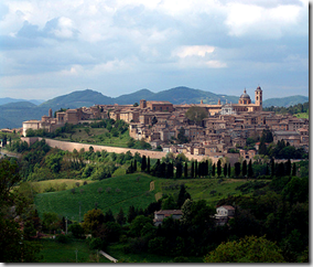 Città del Monte appears to be modelled on Urbino - Umbria - Italy - photo by Brainsonic via Flickr CC SA 2.0